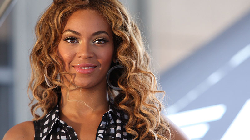 Photo of music artist Beyoncé Knowles-Carter on ZOOM Media FitTV Gym Video Network